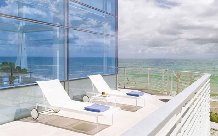 Beach outdoor furniture by hughes architects for Beach house design furniture