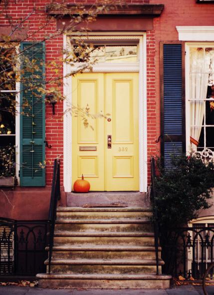 Classic White Door Design With Flower Decor