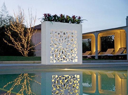 Outdoor wall pots and planters design by bysteel home for Exterior wall designs