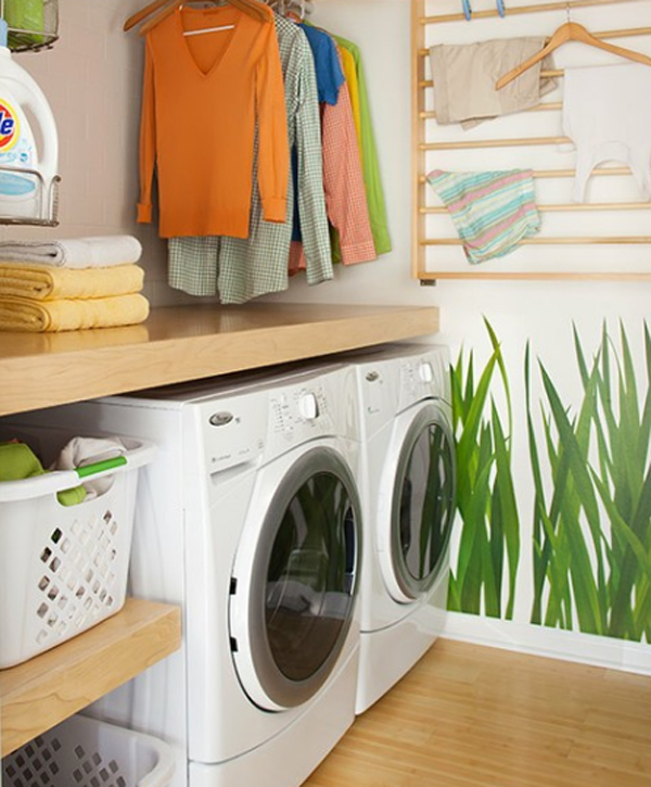 Small laundry room decor for Decorate a laundry room