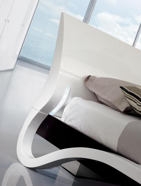 Festa Upholstered Platform Bed