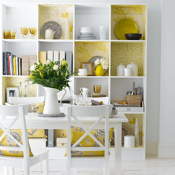 Cute and small dining room design with storage ideas for Small dining room storage ideas