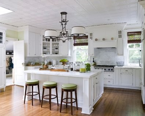 wooden white kitchen room ideas : small and minimalist white kitchen ideas from homemydesign.com size 600 x 481 jpeg 183kB