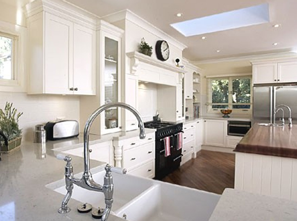 Wooden White Kitchen Room Ideas