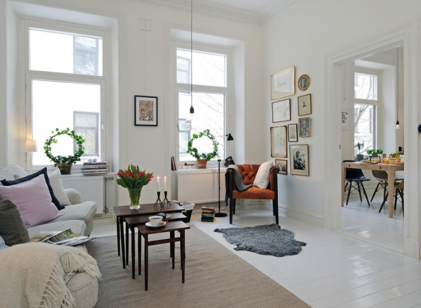 white-living-room-design-in-sweden