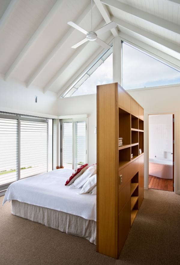 Australian beach house with bedroom interior design for Interior designs for beach houses