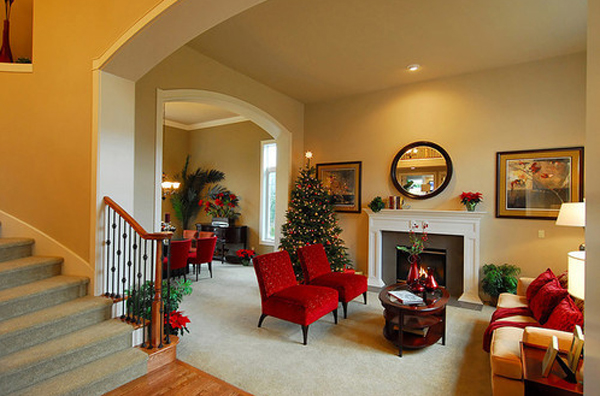 Awesome and beautiful christmas tree decor for living room for Beautiful living room interior designs