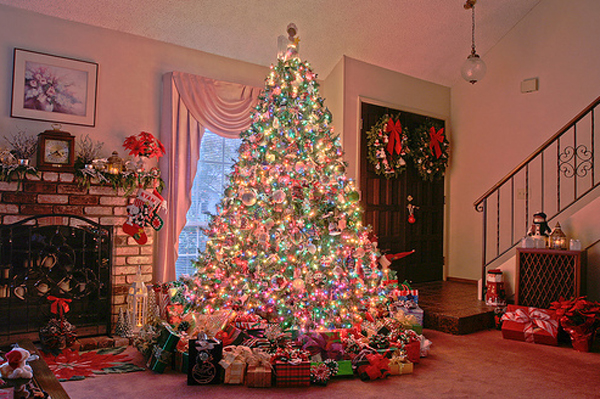 awesome and beautiful christmas tree decorating ideas - Beautiful Christmas Tree Decorations