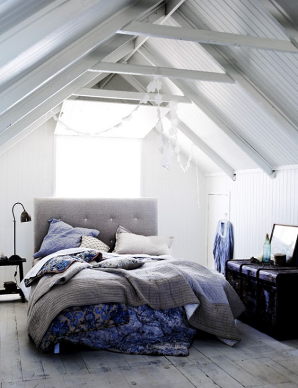 Cool attic bedroom decoration - Attic bedroom design ideas with wooden flooring ...