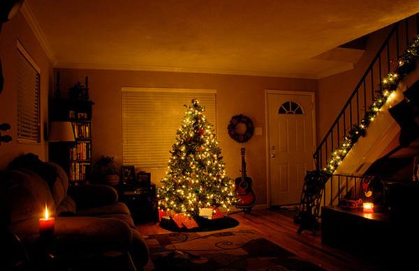 Awesome And Beautiful Christmas Tree With Fireplace Ornaments Interiors Inside Ideas Interiors design about Everything [magnanprojects.com]