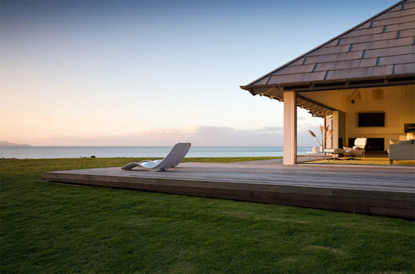 beach-house-ideas-with-outdoor-furniture
