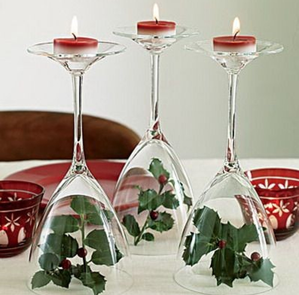christmas-ornaments-table-setting.jpg