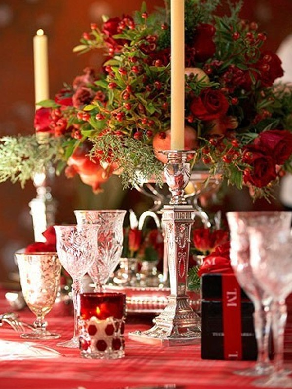 Elegant Dining Table Centerpieces