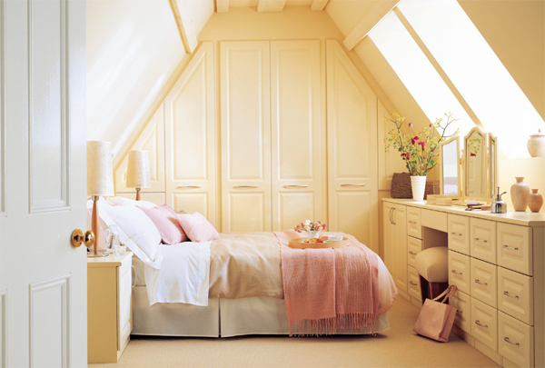 Beautiful Attic Bedroom 600 x 405 · 205 kB · jpeg