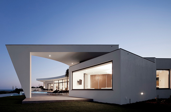 Contemporary-House-Plans-By-Mario-Martins-Architects