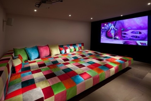 Cool And Minimalist Home Theater Setting