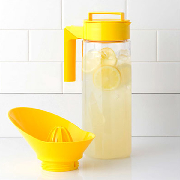 cool kitchen appliances with lemon jug 15 Cool and Colorful Small Kitchen Appliances