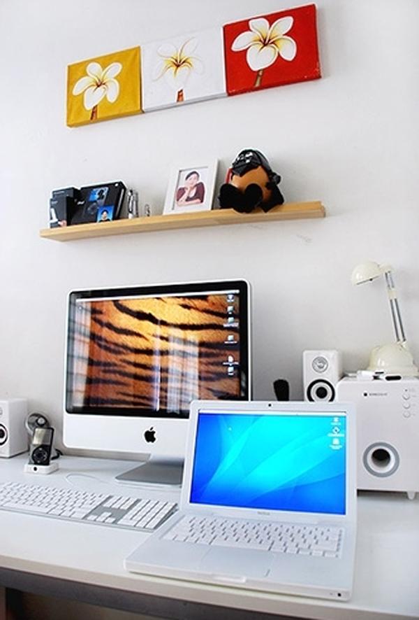 cool white office room design