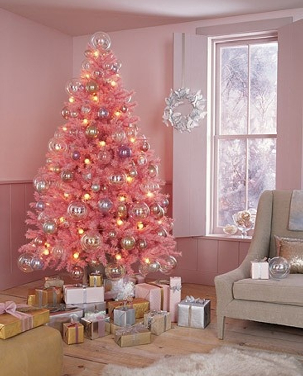 cute-and-beautiful-chriatmas-tree-for-living-room-design