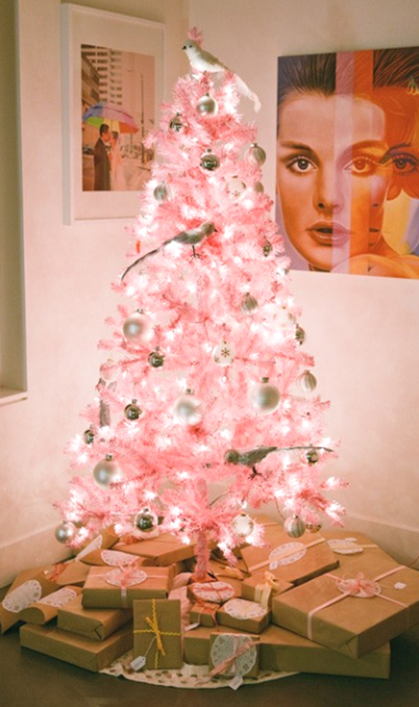 Cute and beautiful pink christmas tree decorating ideas