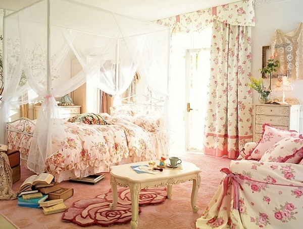 Cute pink bedroom ideas with wallpaper theme for Cute bedroom ideas