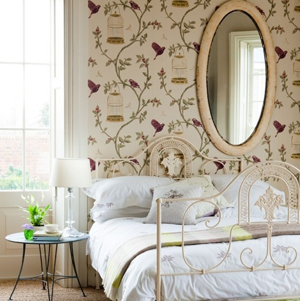 floral-bedroom-design-with-wallpaper-theme
