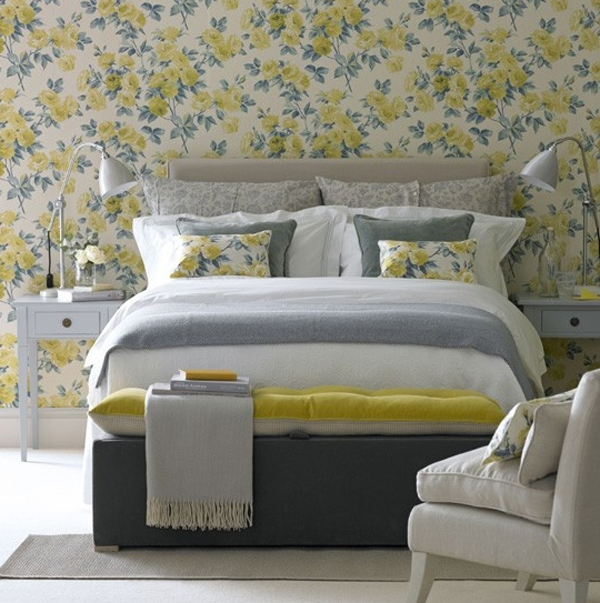 Yelow bedroom ideas with floral wallpaper for Grey feature wallpaper bedroom