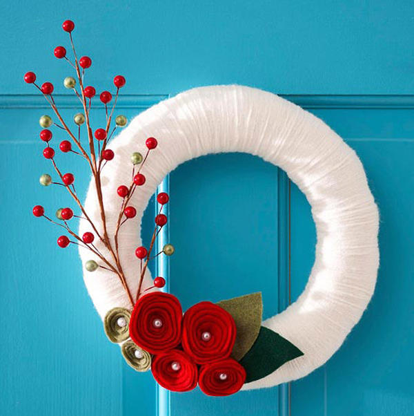 source  bhg & 20 Fresh and Colorful Christmas Wreath for Door Decorations | Home ...