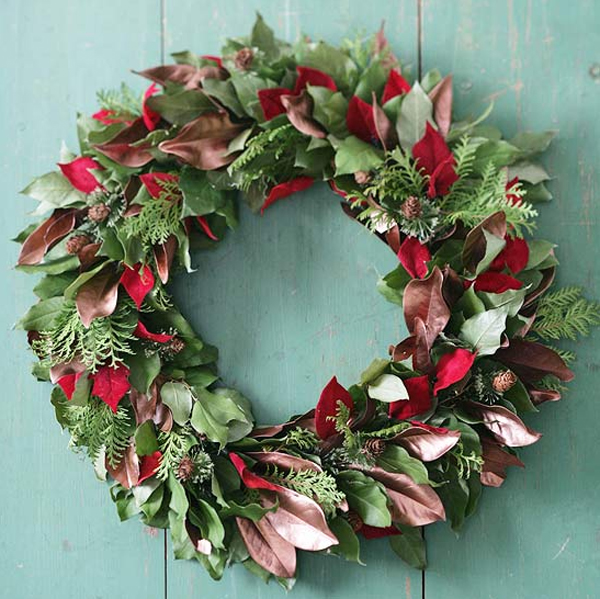 Fresh Christmas Wreaths.Fresh Christmas Wreaths Decorating Design