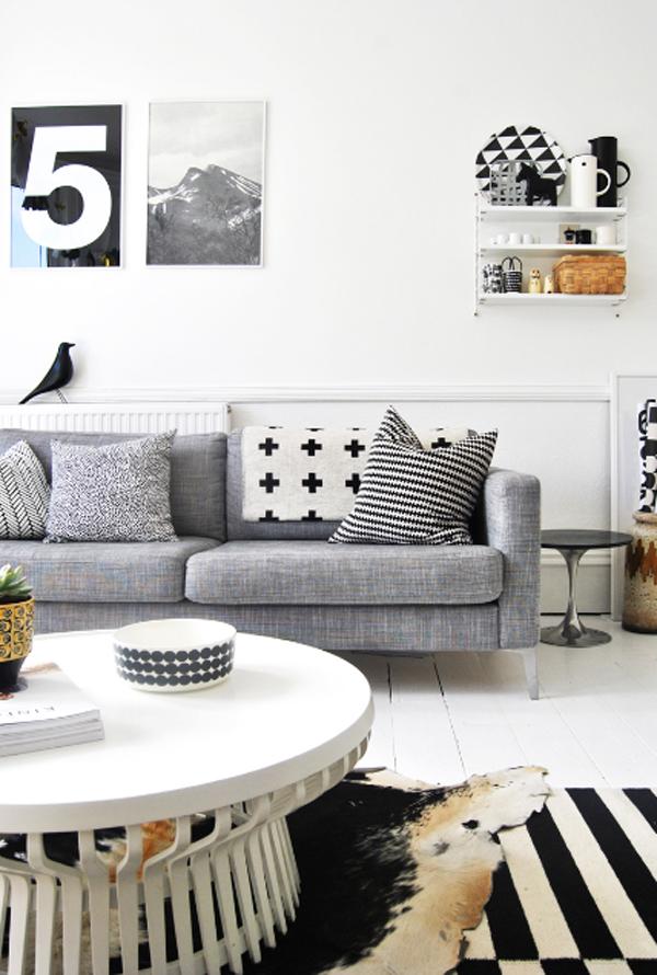 Inspiring white living room interior design 2013 for Interior design living room 2012