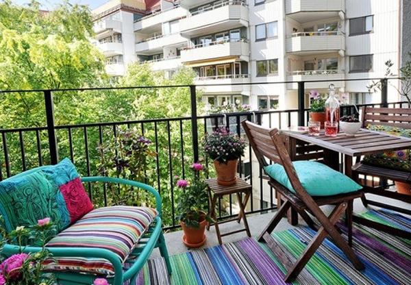 15 Small Outdoor Furniture Design for Cozy Balcony | homemydesign.