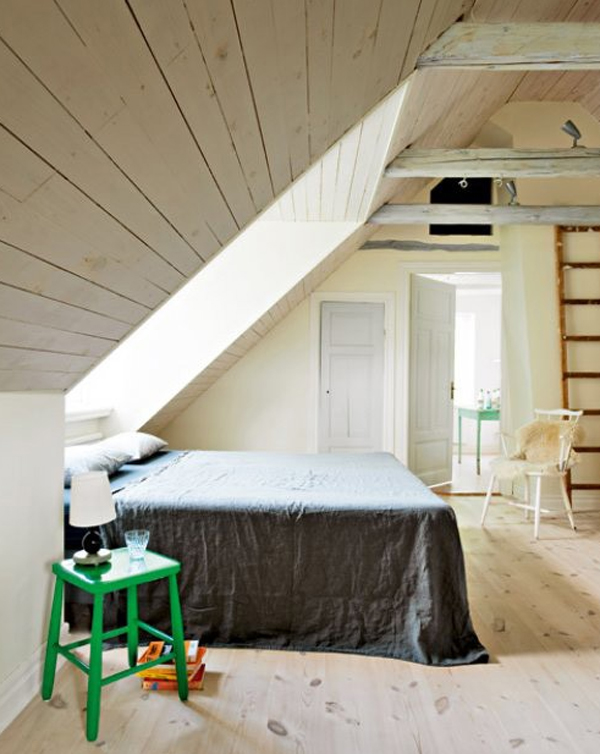 Small bedroom design with attic ideas for Small attic bedroom designs