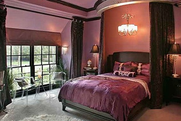 Stylish And Cute Gothic Bedroom Ideas