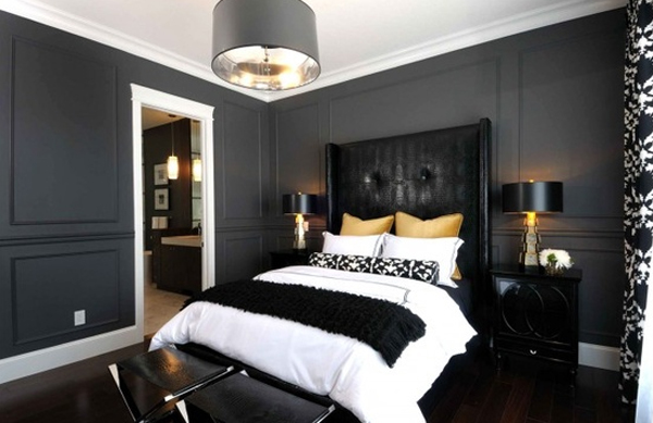 Stylish And Elegant Gothic Bedroom Design Ideas