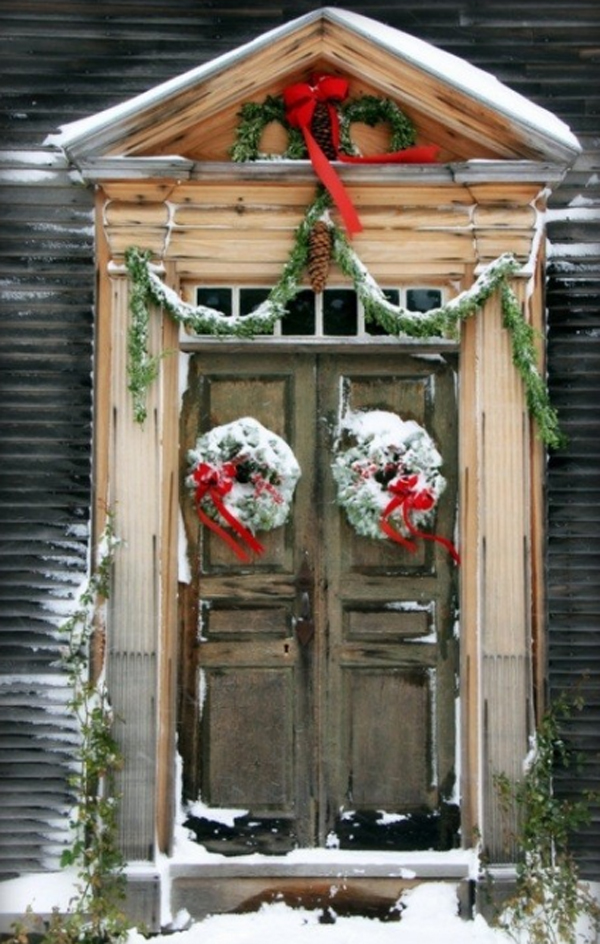 15 Christmas Doors with Flower Ornaments  Home Design And Interior