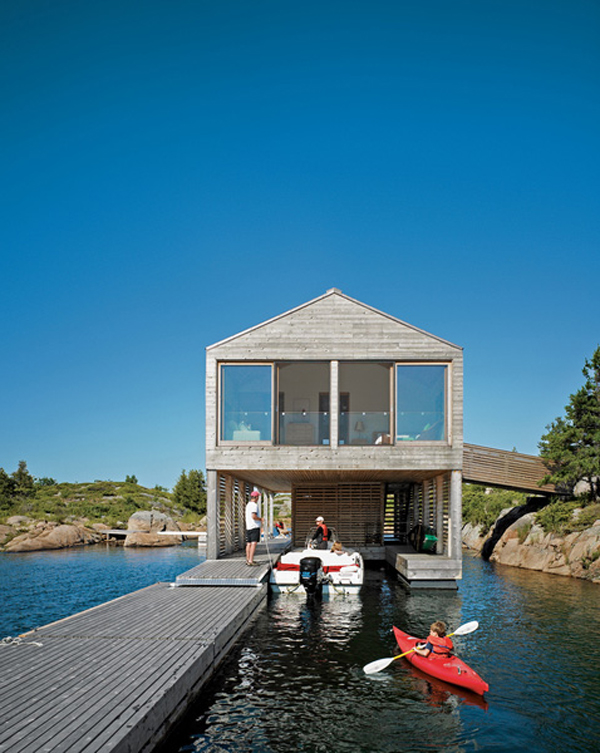 2012 Family Home Decorating Ideas: Wooden Floating House For Family Vacations