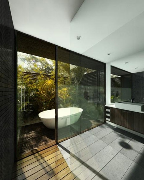 Awesome outdoor bathroom decorating design for Bathroom designs outside