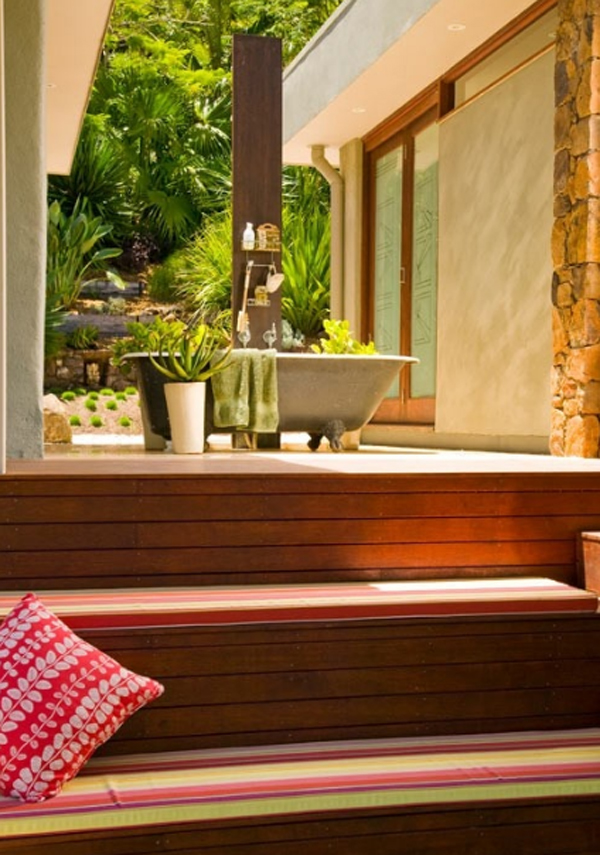 15 Awesome Outdoor Bathroom Design Ideas Home Design And