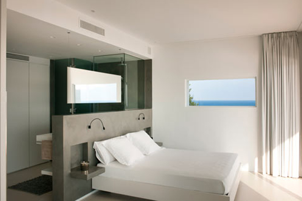 beach-house-with-master-bedroom-by-juma-architects