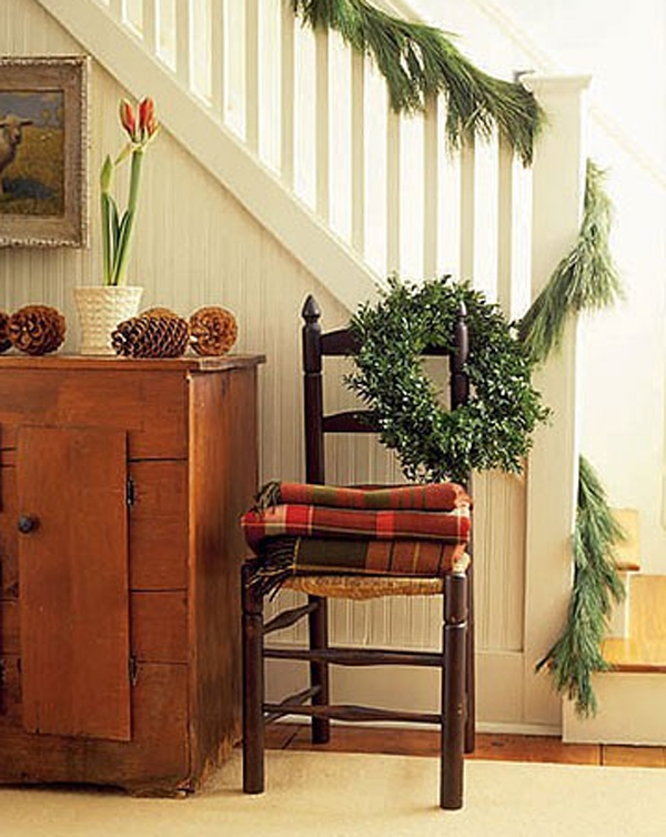 beautiful-christmas-decoration-for-stairs