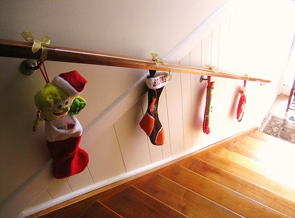 22 beautiful christmas decorations for stair ideas home for How to decorate your stairs for christmas