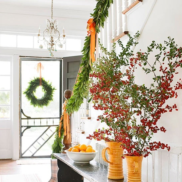 Decorate The Stairs For Christmas: Beautiful-christmas-stair-garland-ideas