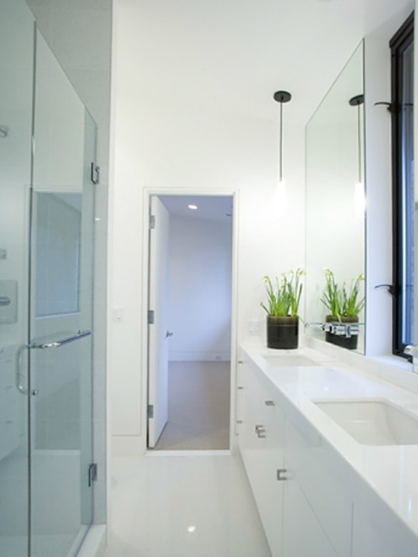 contemporary-white-bathroom-in-twilight-saga-house-by-john-hoke