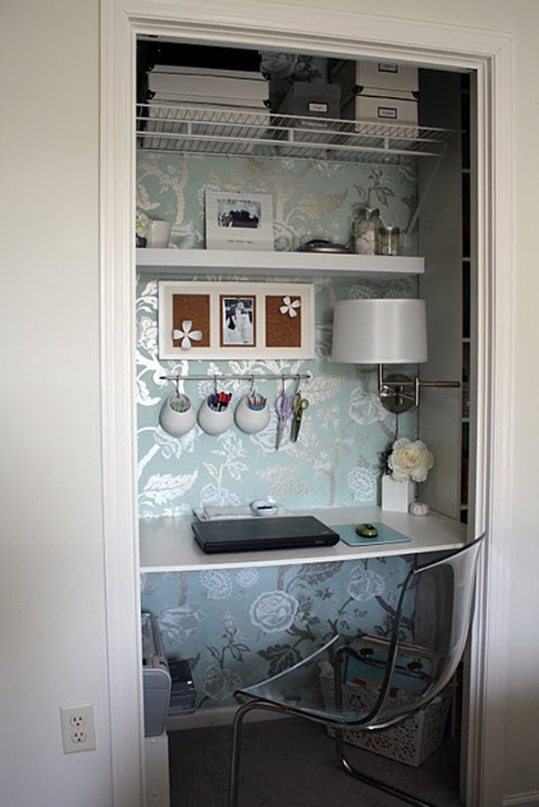 Cool and stylish office in a closet design - Cool and simple home office design ...