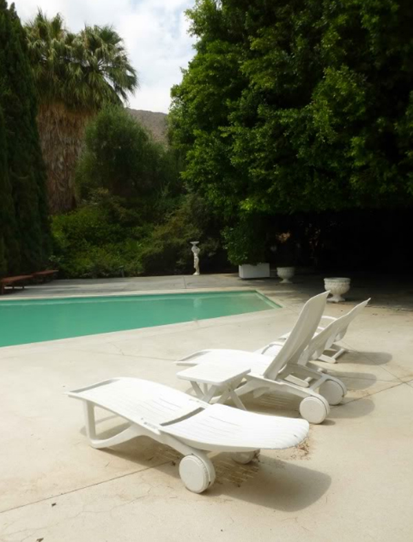 elvis-honeymoon-house-with-swimming-pool-in-palm-springs