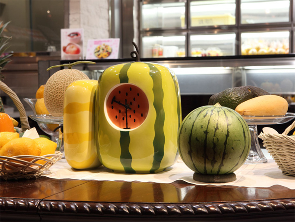 fruit-clock-design-with-kitchen-appliances