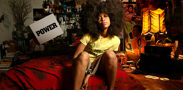 inspirational-rock-and-roll-bedroom-by-erikah-badu