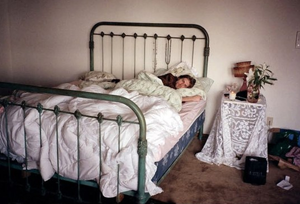 inspirational-rock-and-roll-bedroom-by-kurt-cobain