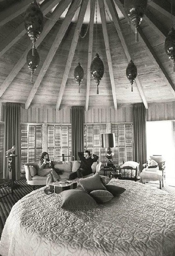 inspirational-rock-and-rool-bedroom-by-johnny-cash-and-june-carter