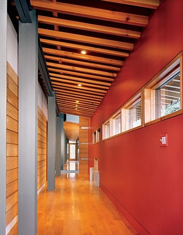 wooden-house-decorations-with-nature-by-peter-bohlin-architects
